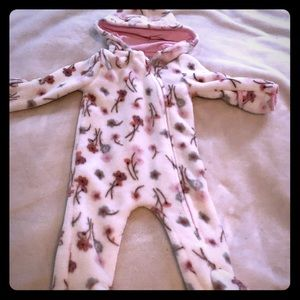 EUC Laura Ashely 3-6 month winter zip-up /snowsuit